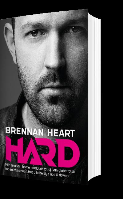 Brenna Heart Hard boek